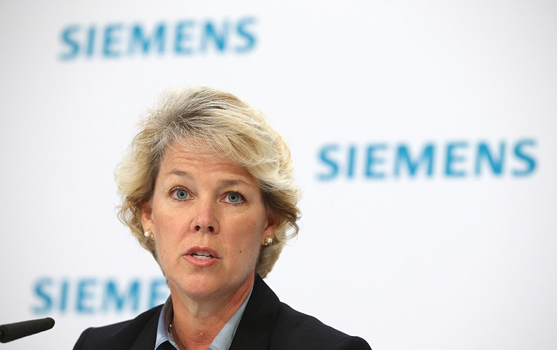 "Lisa Davis: ""Siemens Energy will be a unique opportunity to shape the future of the world's energy agenda."""